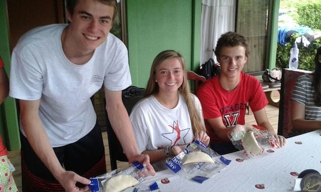 costa-rica-spanish-immersion-high-school-community-service