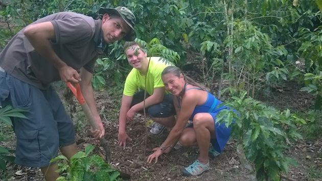 costa-rica-spanish-immersion-trip-farm-field-trip