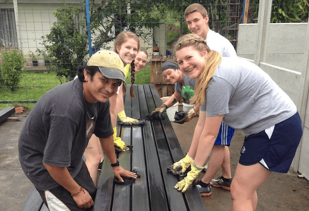 costa-rica-student-cultural-immersion-construction-project-wide
