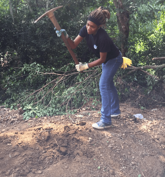 costa-rica-student-environmental-trip-trail-maintenance