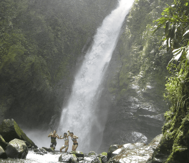 costa-rica-student-science-travel-aquiares-waterfall