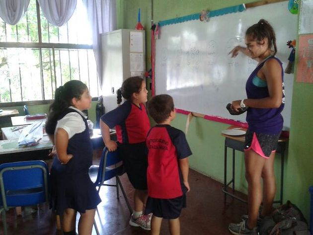 Teaching Costa Rican Kids | High School Student Trip